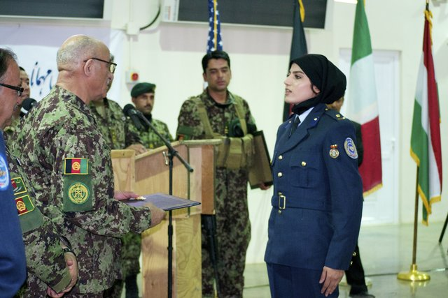 afghan-pilot_s640x427
